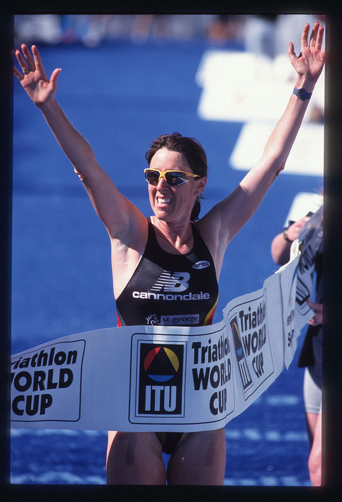 Jackie-Fairweather-International-Triathlon-Unions-Hall-of-Fame-2017